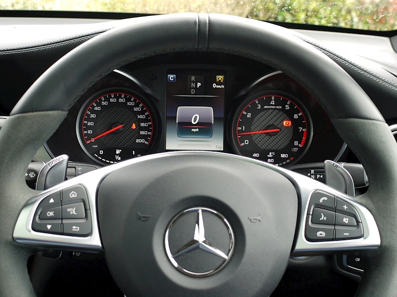 Mercedes-Benz GLC 63 S AMG 4Matic Premium - Large 25
