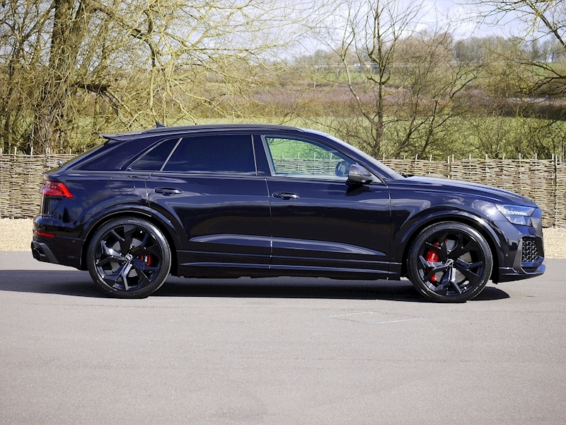 Audi RSQ8 4.0 V8 - Carbon Black Edition - Large 20