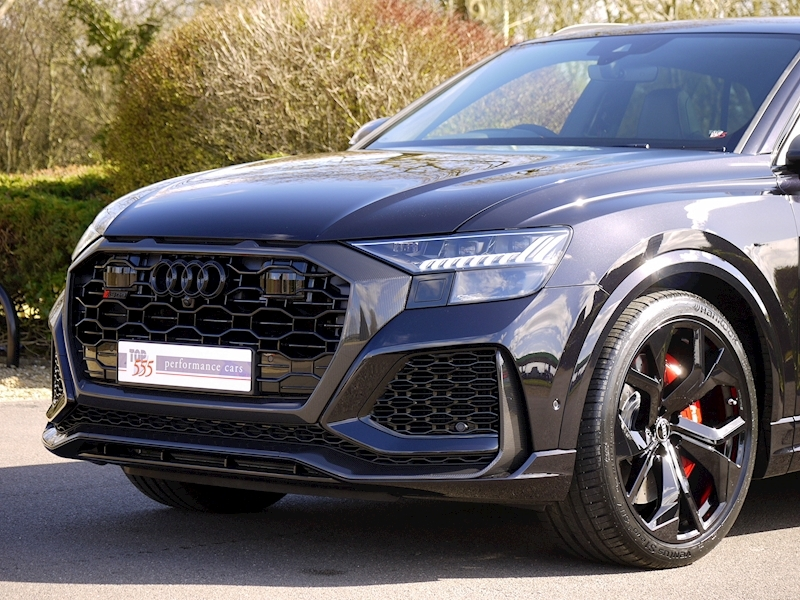 Audi RSQ8 4.0 V8 - Carbon Black Edition - Large 25