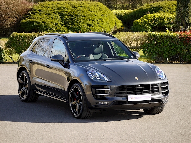 Porsche Macan Turbo with Performance Package 3.6 PDK - Large 1