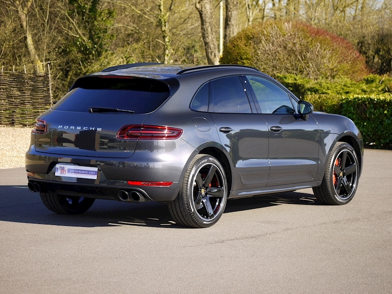 Porsche Macan Turbo with Performance Package 3.6 PDK - Large 16