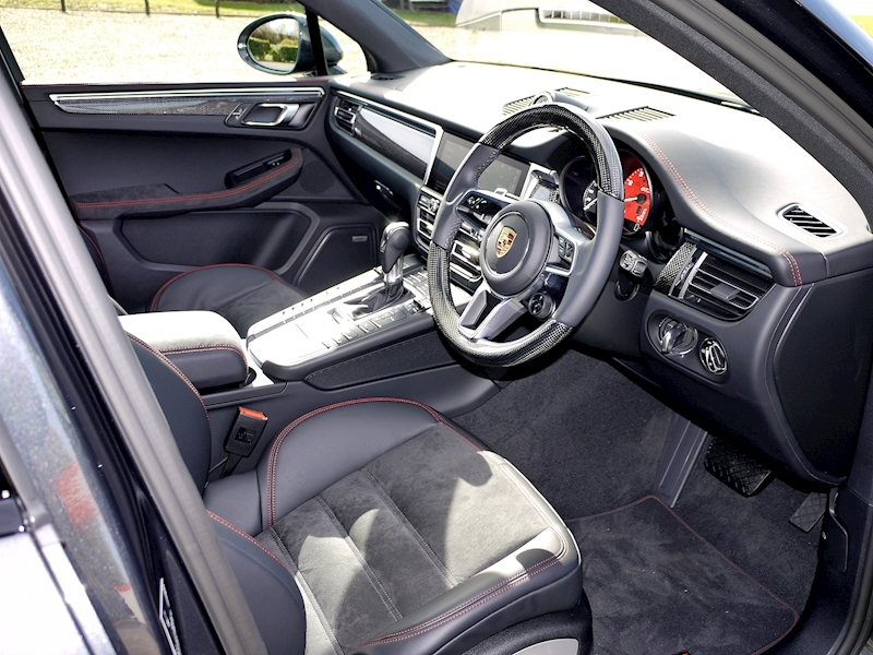 Porsche Macan GTS 2.9T PDK - New Model - Large 1