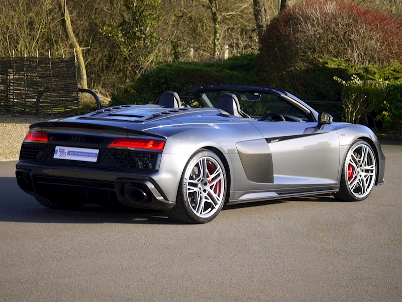 Audi R8 V10 Spyder Performance Carbon Black Edition - Large 18