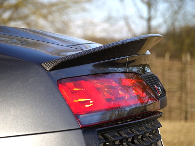 Audi R8 V10 Spyder Performance Carbon Black Edition - Large 27