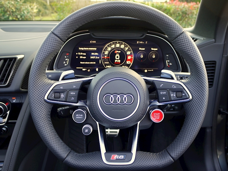 Audi R8 V10 Spyder Performance Carbon Black Edition - Large 34