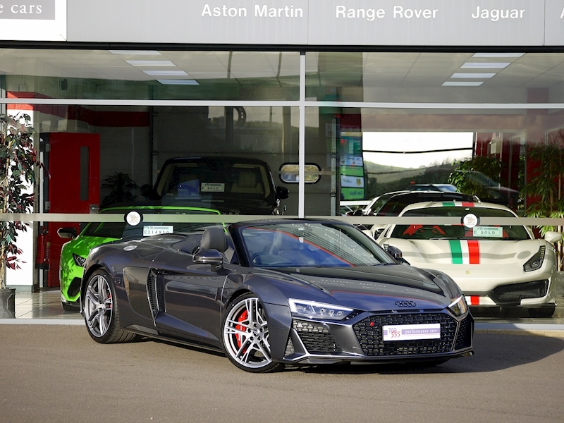 Audi R8 V10 Spyder Performance Carbon Black Edition - Large 42