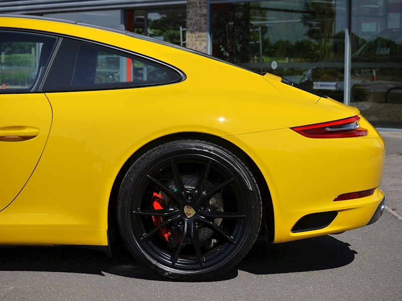 Porsche 911 (991.2) Carrera S 3.0 PDK Coupe - Large 4