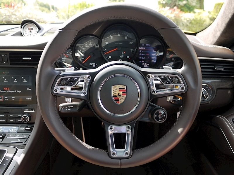Porsche 911 (991.2) Carrera S 3.0 PDK Coupe - Large 32