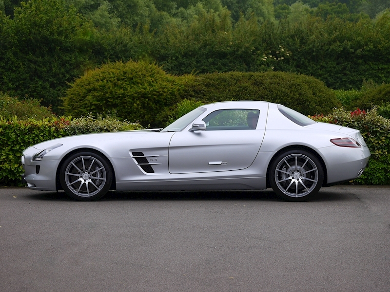 Mercedes-Benz SLS AMG Coupe 6.2 - Large 6