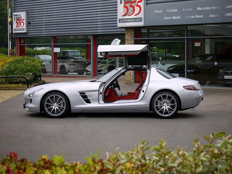 Mercedes-Benz SLS AMG Coupe 6.2 - Large 25