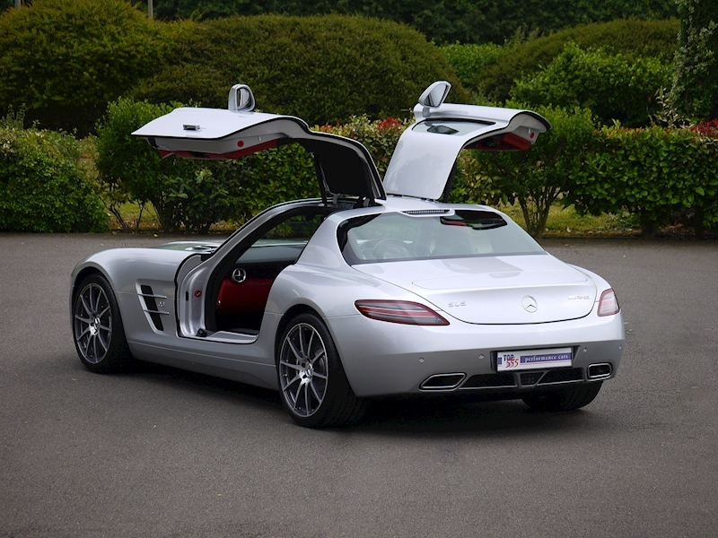 Mercedes-Benz SLS AMG Coupe 6.2 - Large 0