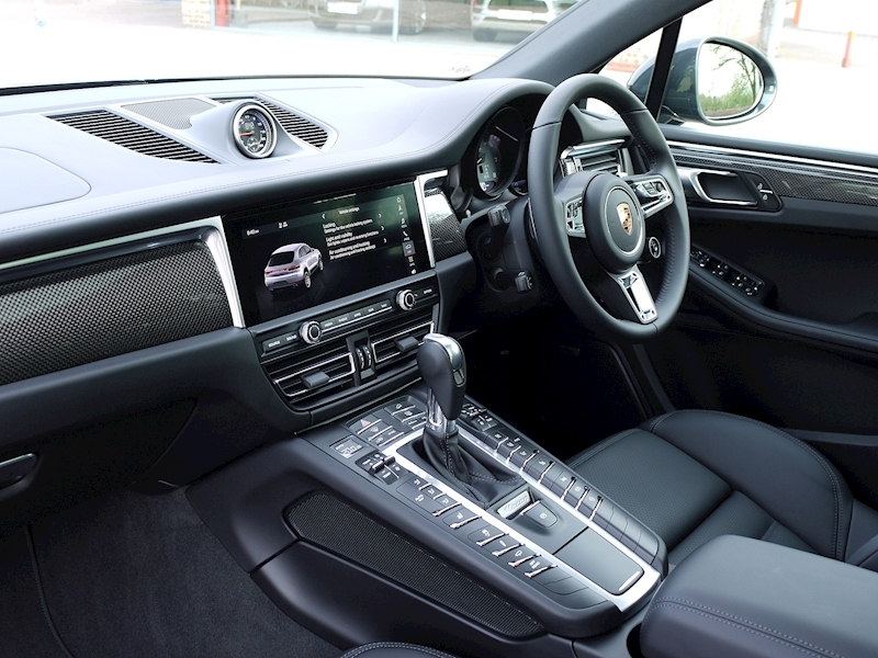 Porsche Macan S 3.0 PDK - New Model - Large 10
