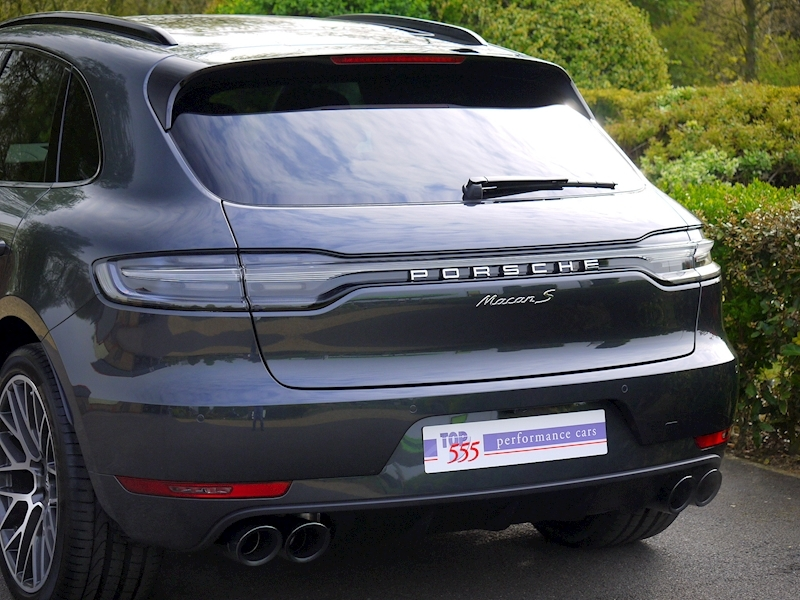 Porsche Macan S 3.0 PDK - New Model - Large 3