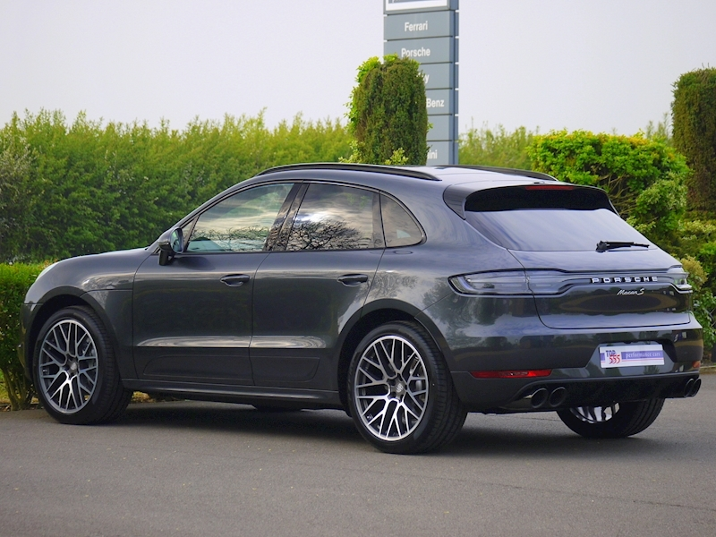 Porsche Macan S 3.0 PDK - New Model - Large 11