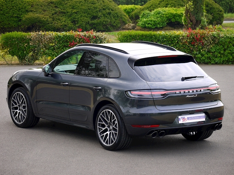 Porsche Macan S 3.0 PDK - New Model - Large 0