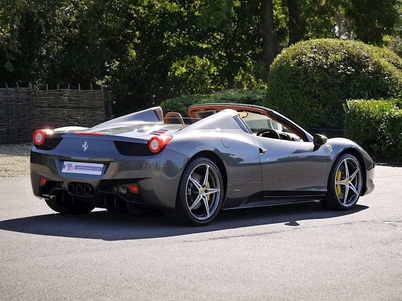 Ferrari 458 Spider - Large 21