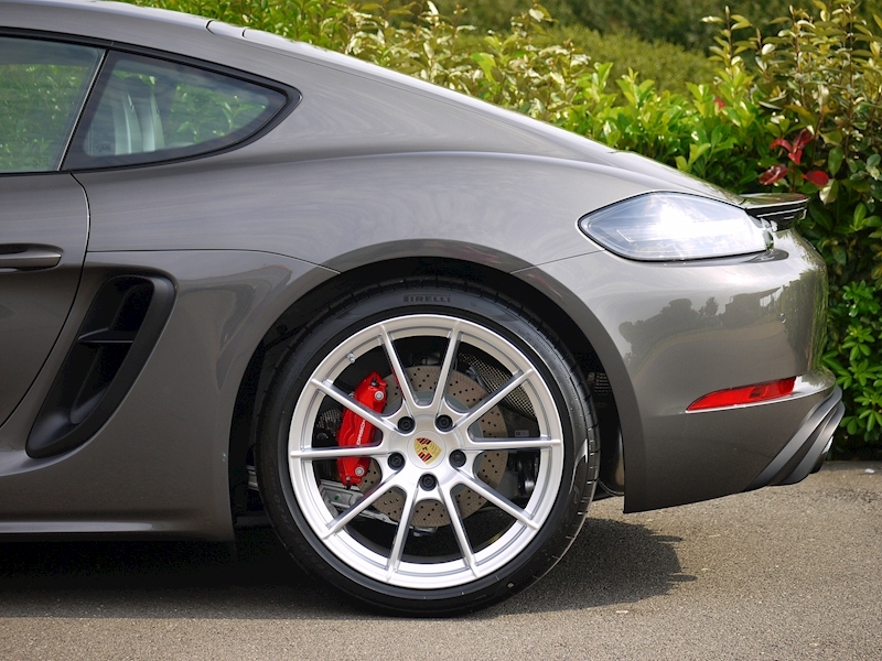 Porsche 718 Cayman GTS 4.0 2dr Coupe Manual Petrol - Large 5