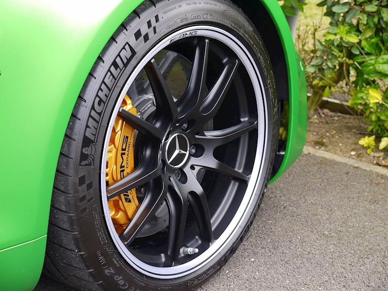Mercedes-Benz AMG GT R (Premium) 4.0 Coupe - Large 19