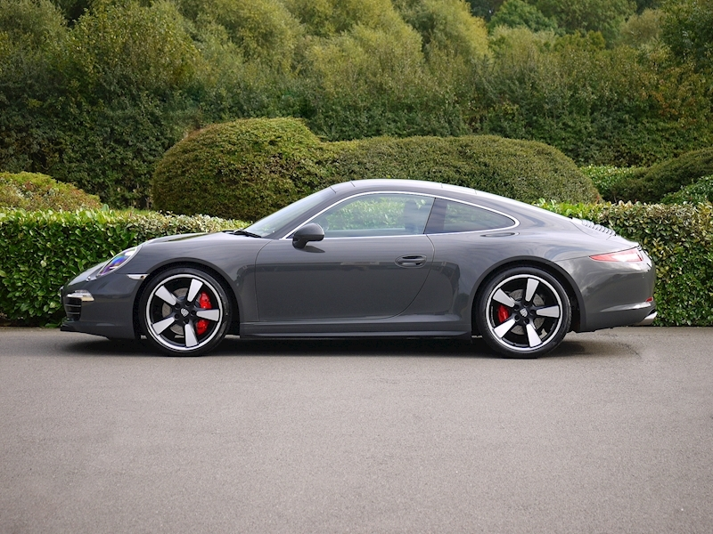 Porsche 911 50th Anniversary 3.8 Coupe PDK - Large 6