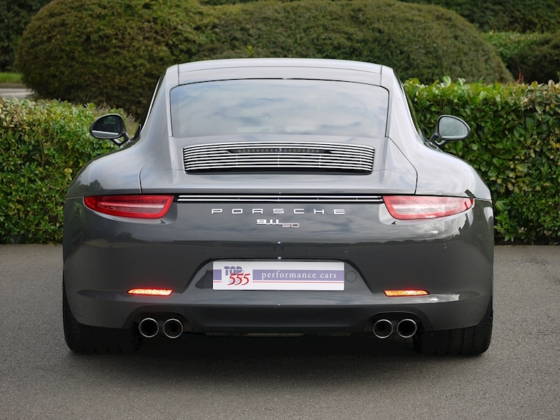 Porsche 911 50th Anniversary 3.8 Coupe PDK - Large 16