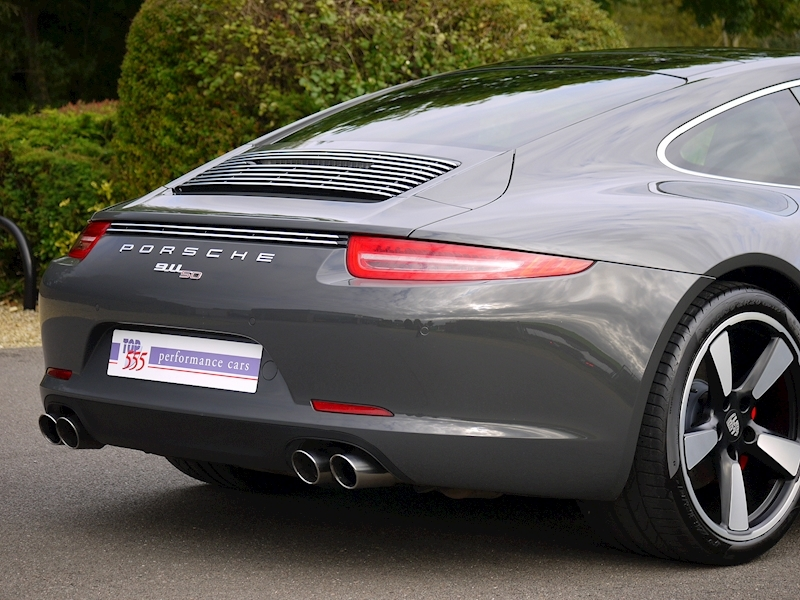 Porsche 911 50th Anniversary 3.8 Coupe PDK - Large 17
