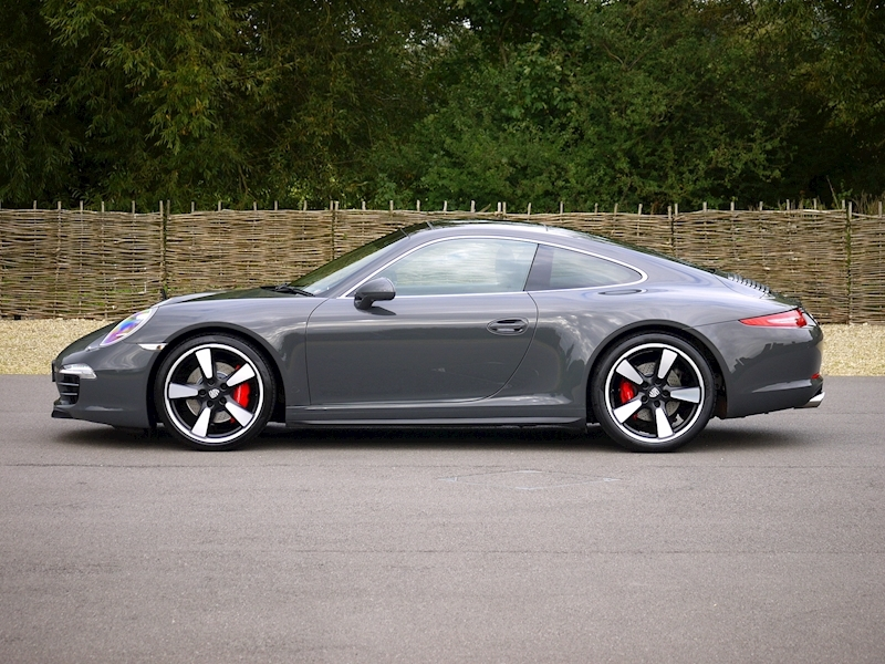 Porsche 911 50th Anniversary 3.8 Coupe PDK - Large 26