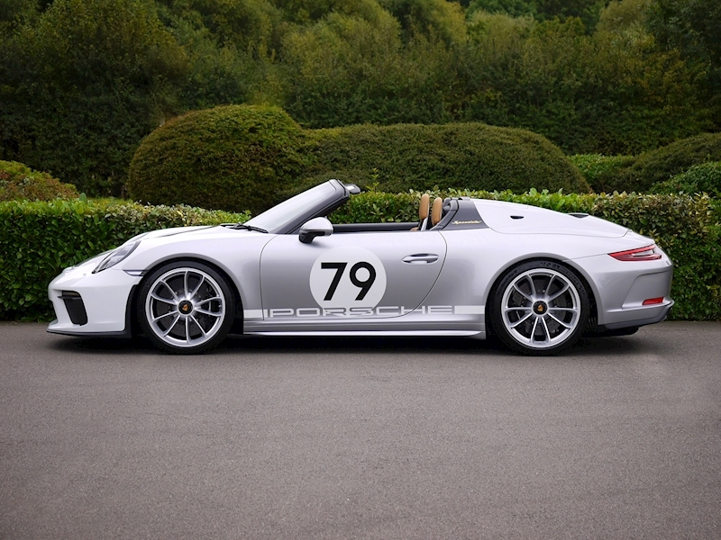 Porsche 911 4.0 Speedster - Heritage Design Pack - No 683 /1948 - Large 6