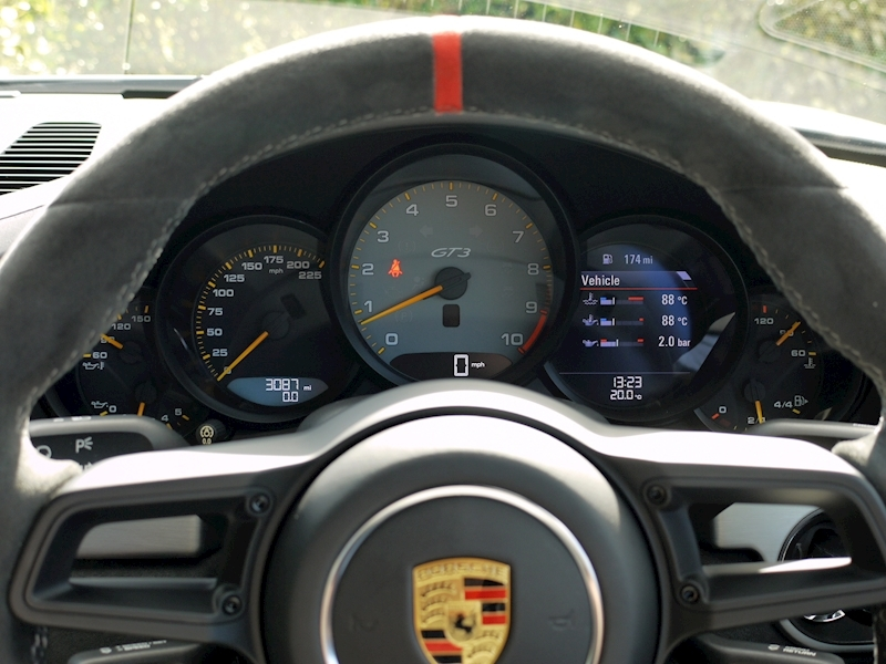 Porsche 911 (991.2) GT3 Clubsport 4.0 Manual - Large 34