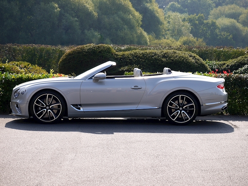 Bentley Continental GTC Mulliner W12 - Large 15
