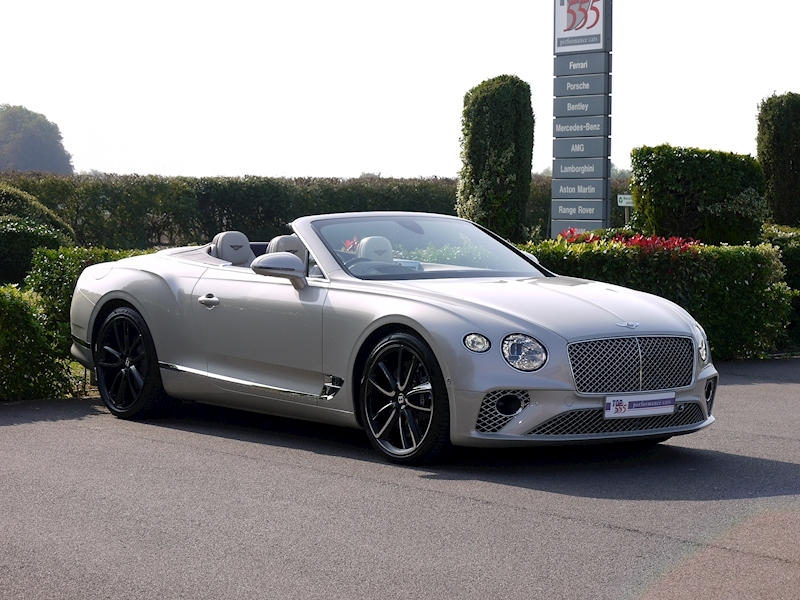 Bentley Continental GTC Mulliner W12 - Large 27