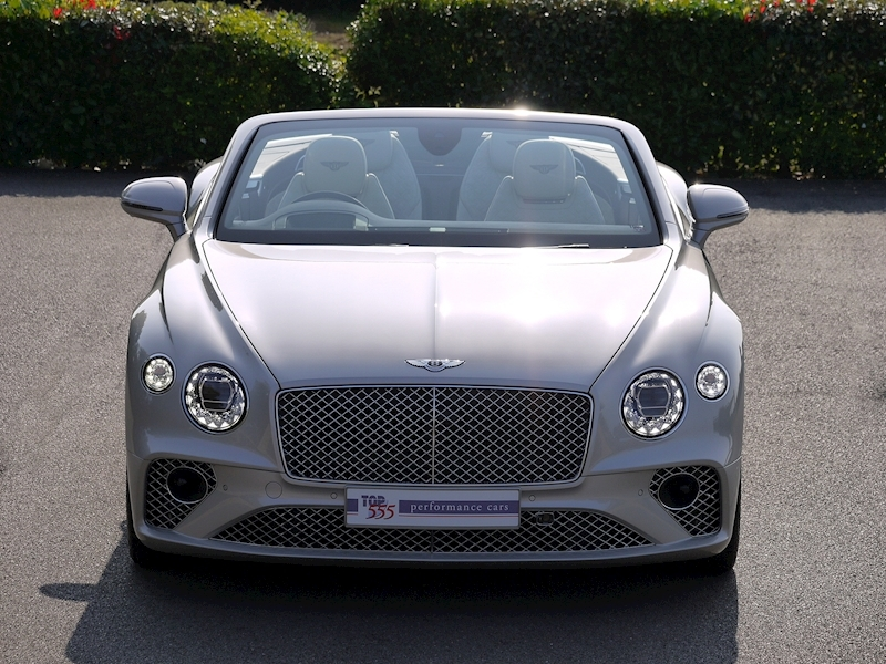 Bentley Continental GTC Mulliner W12 - Large 33