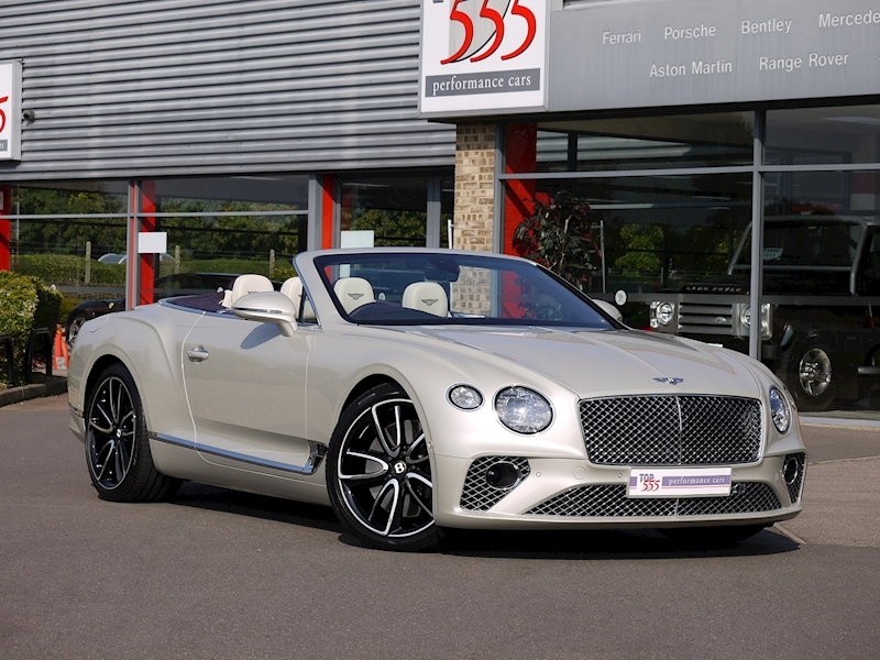 Bentley Continental GTC Mulliner W12 - Large 36