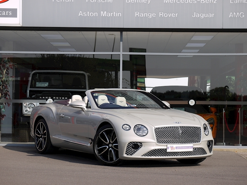 Bentley Continental GTC Mulliner W12 - Large 47