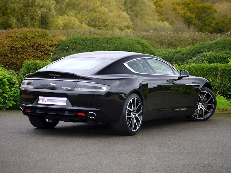 Aston Martin Rapide S - Large 31