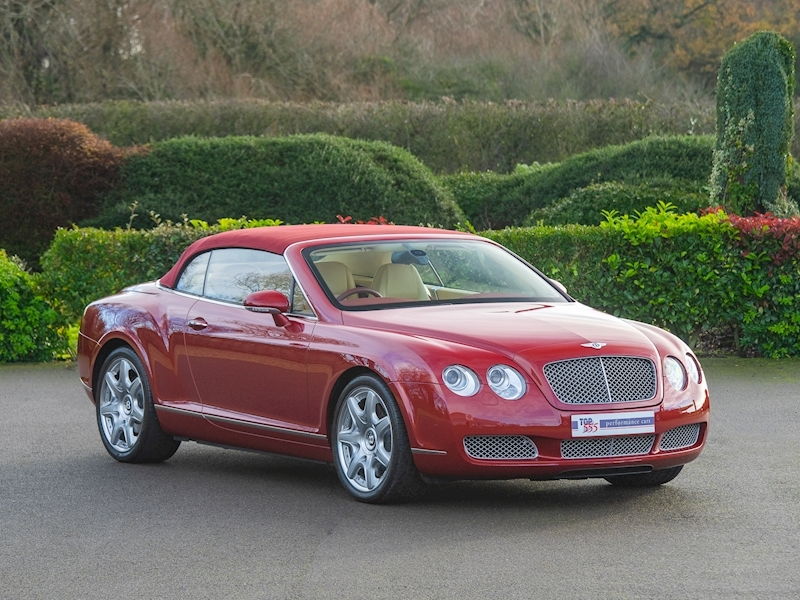 Bentley Continental GTC Mulliner 6.0 W12 - Large 30