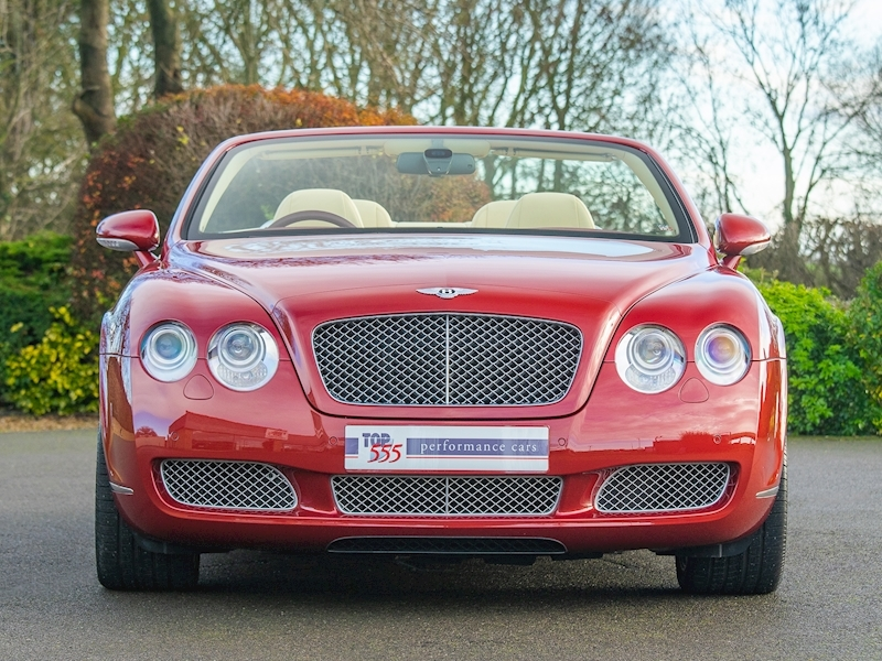 Bentley Continental GTC Mulliner 6.0 W12 - Large 6