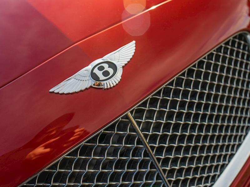 Bentley Continental GTC Mulliner 6.0 W12 - Large 23