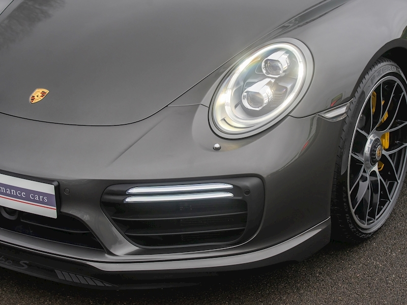 Porsche 911 (991.2) Turbo S Convertible 3.8 PDK - Large 19
