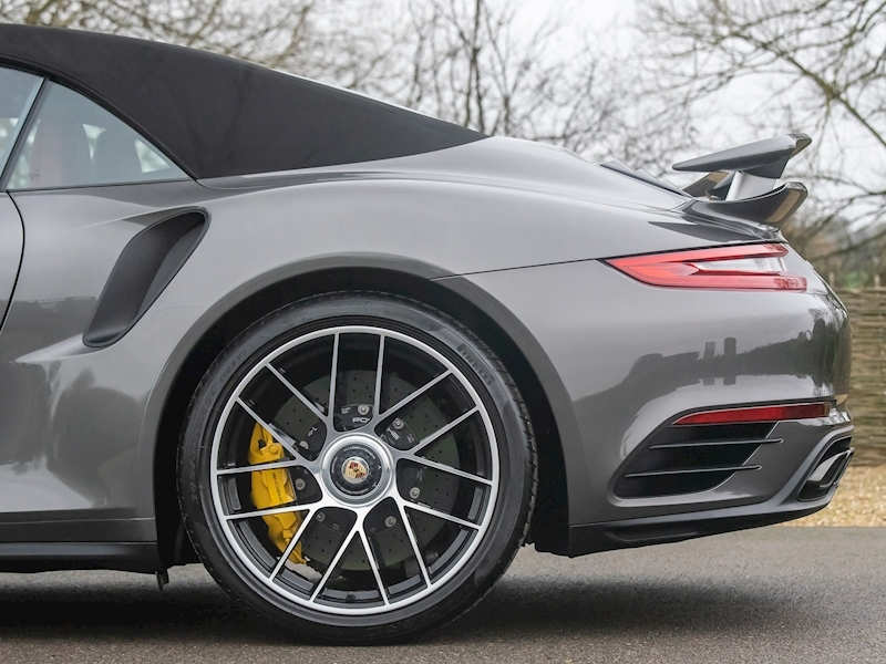 Porsche 911 (991.2) Turbo S Convertible 3.8 PDK - Large 21