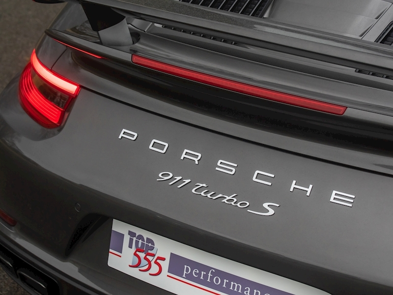 Porsche 911 (991.2) Turbo S Convertible 3.8 PDK - Large 22