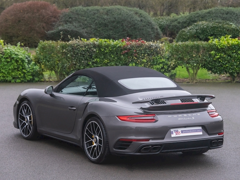 Porsche 911 (991.2) Turbo S Convertible 3.8 PDK - Large 0