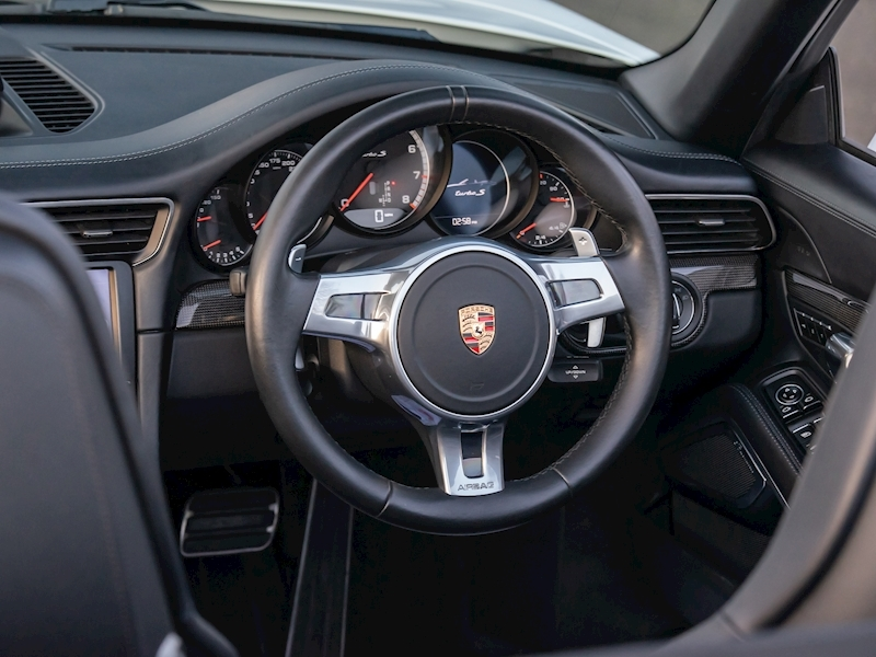 Porsche 911 (991.1) Turbo S 3.8 Convertible PDK - Large 16