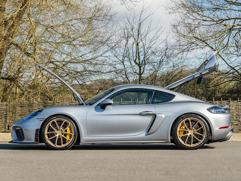 Porsche 718 Cayman GT4 4.0 Clubsport - Manual - Large 13