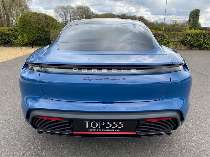 Porsche Taycan Turbo S - Large 9