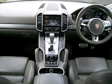 Porsche Cayenne Turbo Estate 4.8 Automatic Petrol - Thumb 10