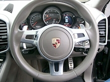 Porsche Cayenne Turbo Estate 4.8 Automatic Petrol - Thumb 14