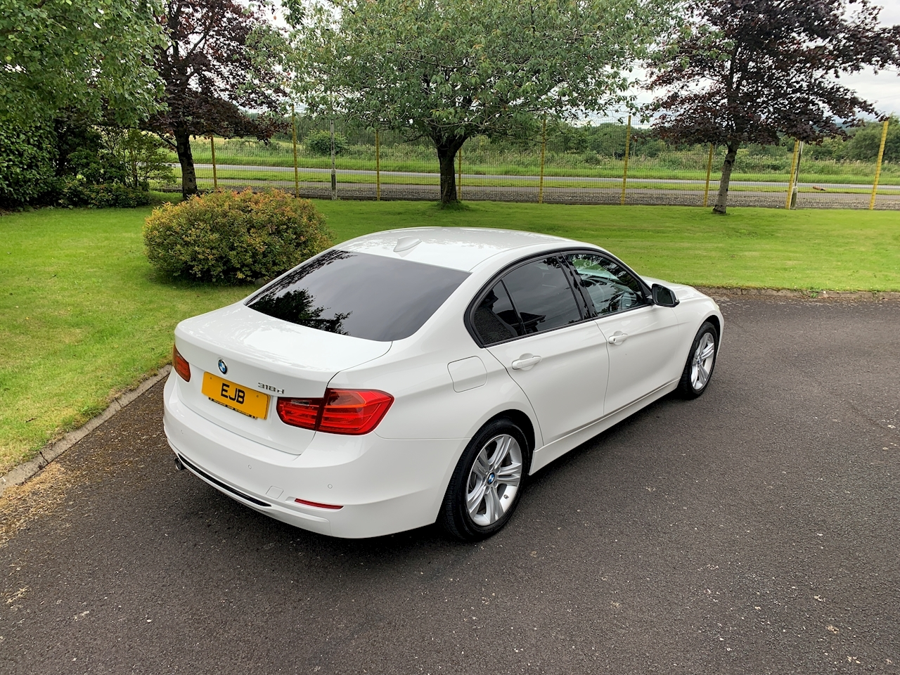 BMW 3 Series 318D Sport Saloon 2.0 Manual Diesel