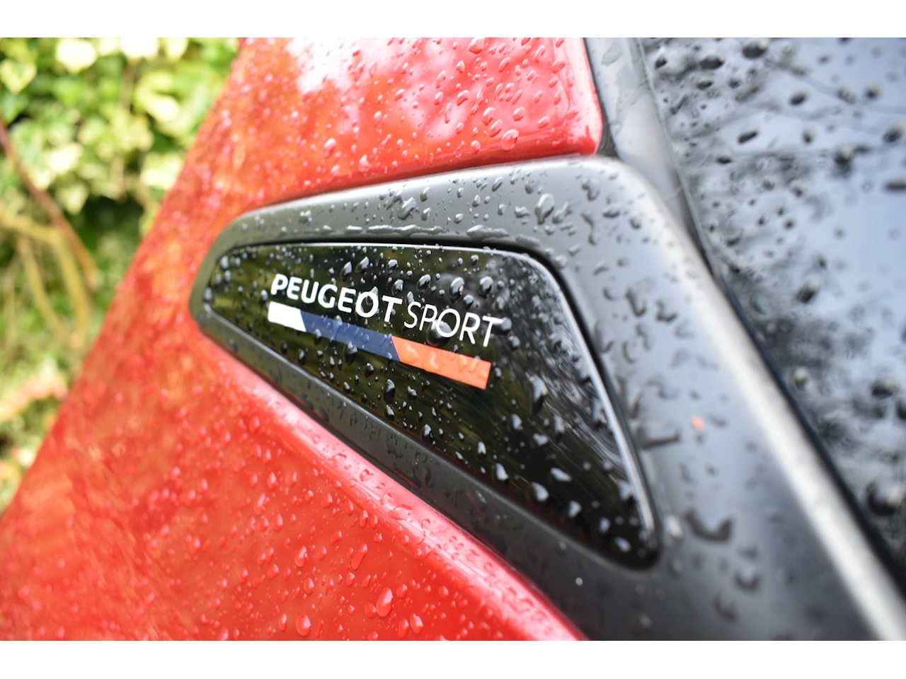 208 Thp Gti Sport Hatchback 1.6 Manual Petrol