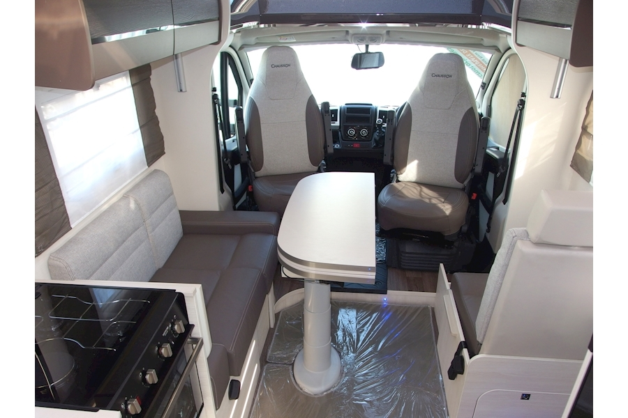Chausson 738 XLB Welcome VIP Image 7