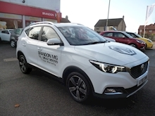 MG Mg Zs 1.5 Exclusive Hatchback - Thumb 0